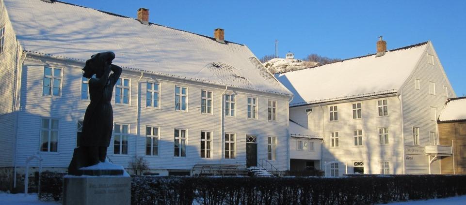 SLIDER_Mandal_vinter_Andorsengarden
