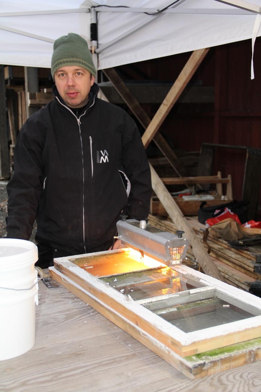 Førjulshygge2014, 02, vindusrestaurering
