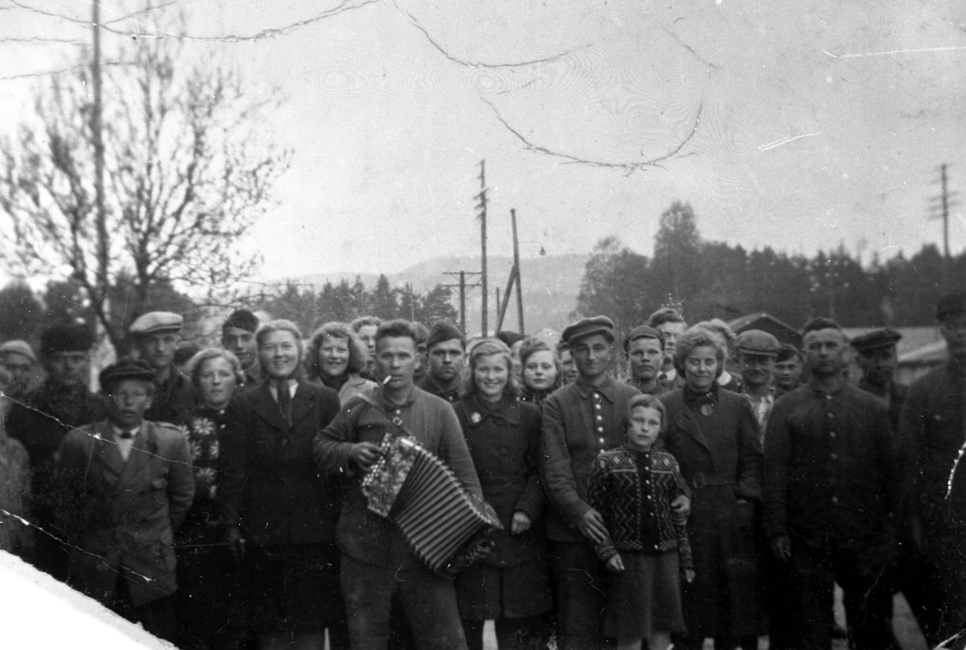 Annen bruk enn artikkel om Setesdalsbanen under krigen må avtales med Alf G. Kjetsaa.